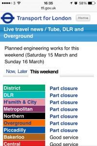 週末のロンドン地下鉄