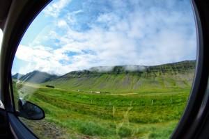 アイスランドでドライブ